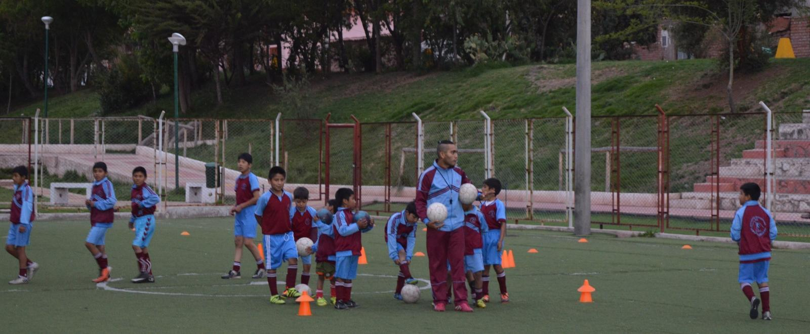 A football lesson forming part of our volunteer sports coaching in schools in Peru